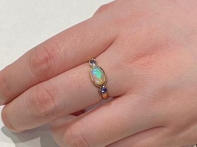 【リフォーム】オパールルースからオリジナルの指輪に