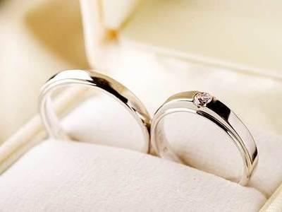 結婚指輪はプラチナ派?ゴールド派?