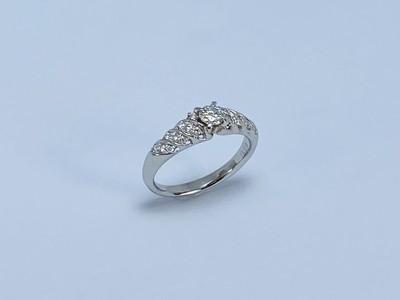 婚約指輪を普段使い出来る指輪にリフォーム